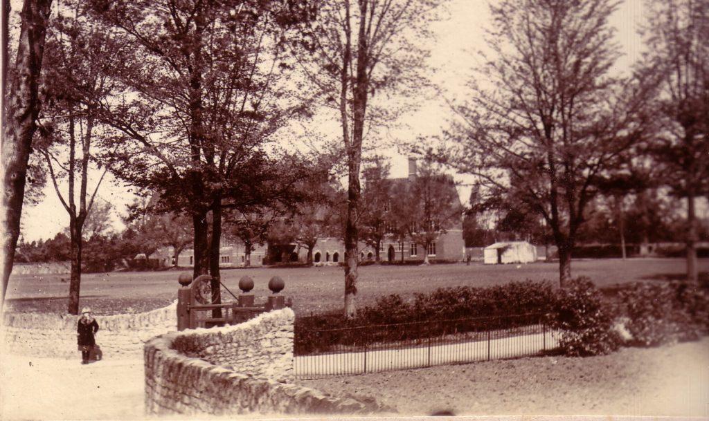 Abingdon School, 1880-1901 School before the Lodge