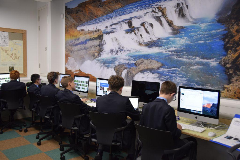 Abingdon School pupils in GIS lesson