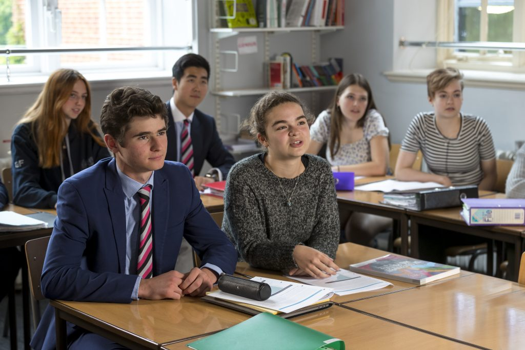 Abingdon School joint Sixth Form lesson with St Helen's